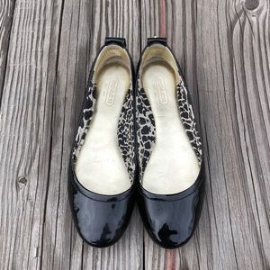 Coach patent leather flat shoes